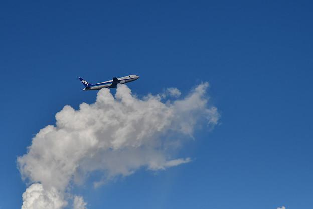 雲に乗って