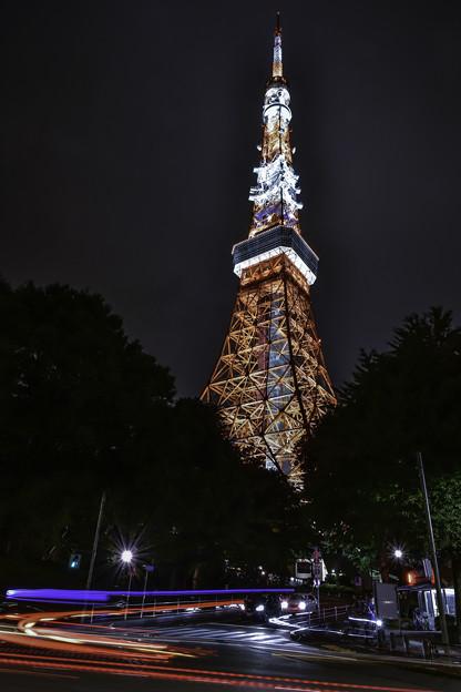 東京タワーと光跡