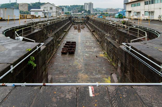 在日米軍横須賀基地三号ドック(旧横須賀造船所三号ドック)