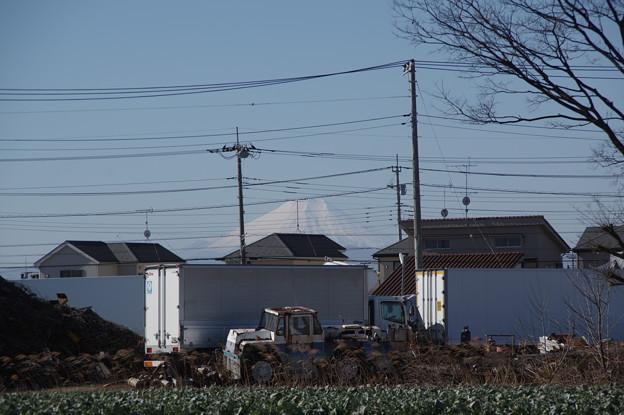 ちらっと見える富士山