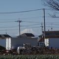 Photos: ちらっと見える富士山