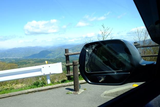 車の中から。