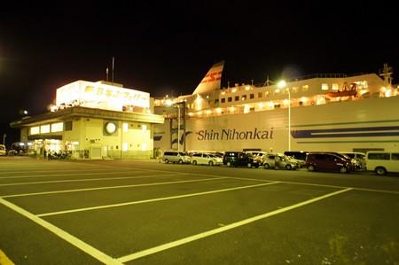 新日本海フェリー乗り場