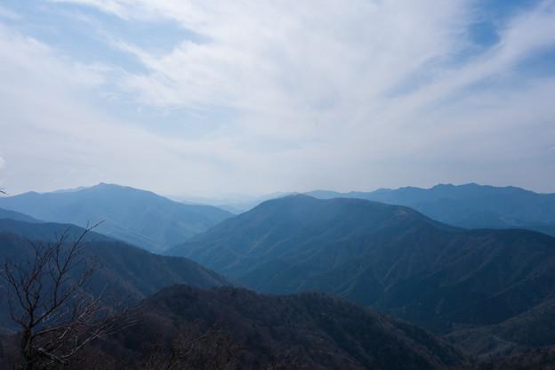 写真: 四国の山々