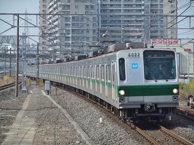 東京メトロ千代田線6000系 6122F