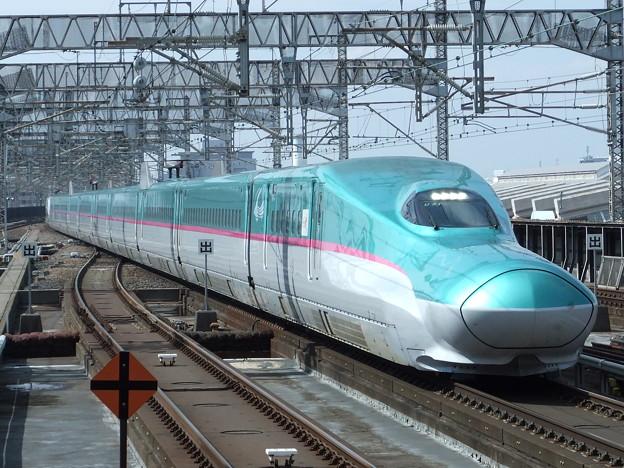 東北新幹線E5系 U31編成他17両編成