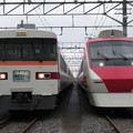 Photos: 東武301F・208F 2並び