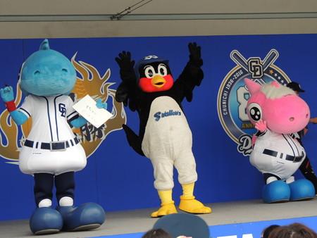 7/23(土) 竜陣祭のDステージで 田原市PR(La 花ノたみ)とかEtsucoさんのライブとか。