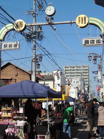 1/21(土) 勝川弘法市(いち)でご当地ヒーロー カスガイガーショーがありました。