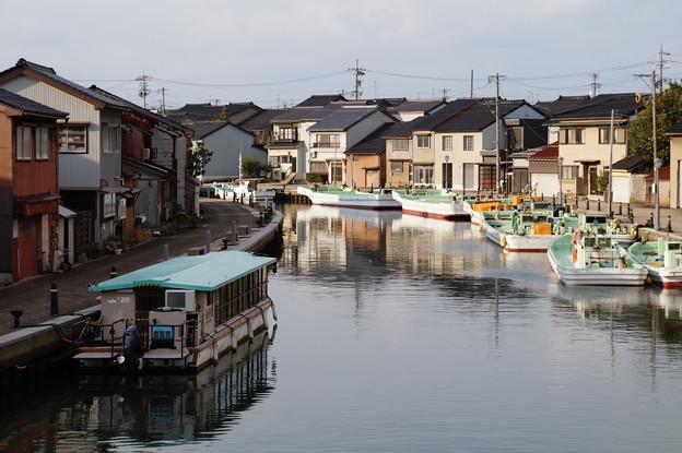 新湊 内川中町 4