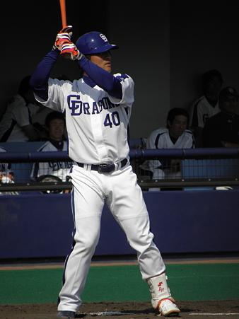 064 代打の平田