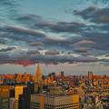 写真: 夕暮れの東京