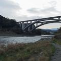 富士川から眺める第2東名高速道路