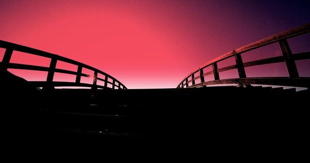 Photos: 橋を越えると・・・