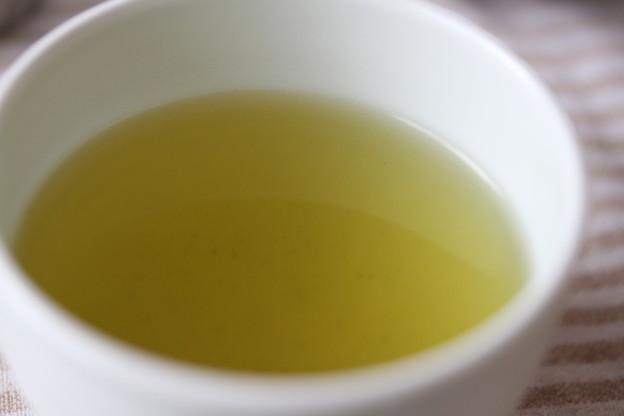 サントリー 京都 福寿園 伊右衛門 煎茶、抹茶 二煎目