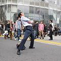 写真: 1渋谷センター街 開脚おじさん03