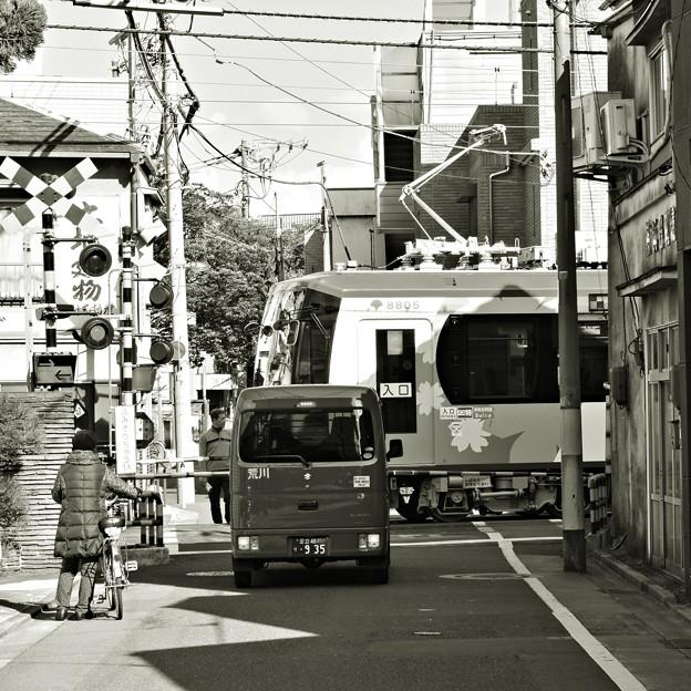 路地裏の踏切
