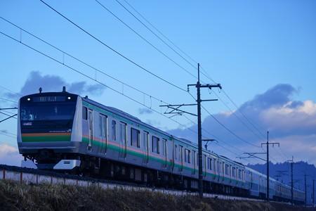 E233系@蒲須坂築堤