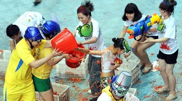 やっぱりパクリだよな、このトマト祭り(笑)by瀋陽 (3)