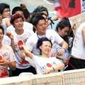 Photos: やっぱりパクリだよな、このトマト祭り(笑)by瀋陽 (7)
