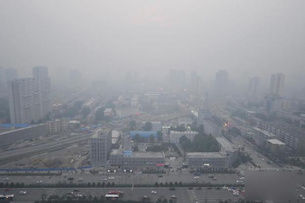 PM2.5でスモッグ状態 天が与えたバツみたいなものに・・・ (9)