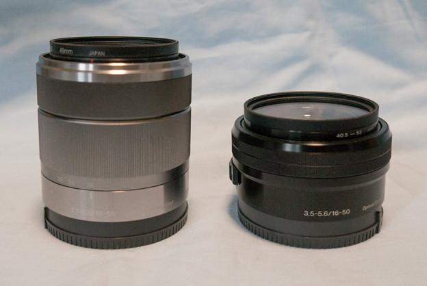 【E18_55mm f3.5_5.6 OSS】との比較