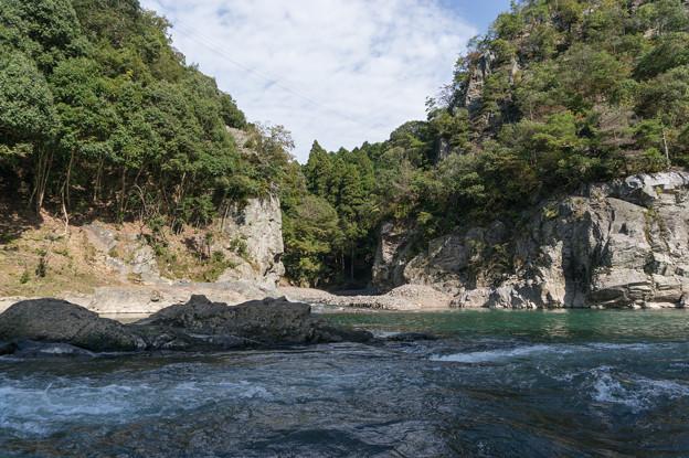 保津川下り~撮影などで有名な場所だそうです。