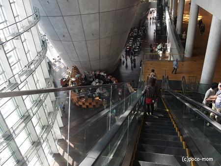 国立新美術館 PB130506