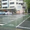 Photos: なんでこの横断歩道では赤信号で止まるの?
