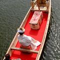 写真: 嫁入り船 後姿
