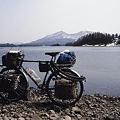 写真: 桧原湖畔にて