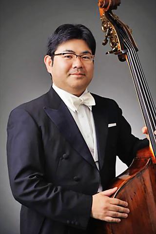 Photos: 西山真二 にしやましんじ コントラバス奏者            Shinji Nishiyama