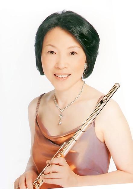 宮岡由美子 みやおかゆみこ フルート奏者 フルーティスト     Yumiko Miyaoka