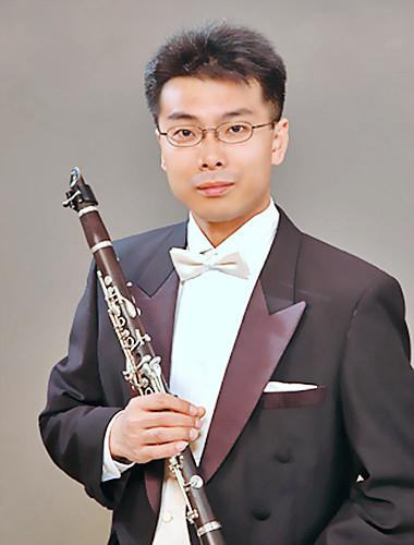 春山俊介 はるやましゅんすけ クラリネット奏者  Shunsuke Haruyama
