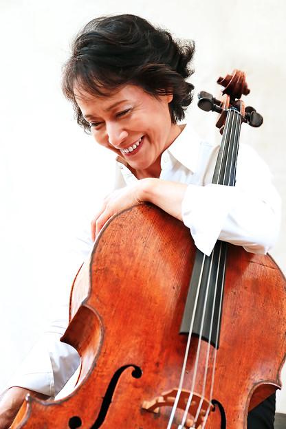 Photos: 藤原真理 ふじわらまり チェロ奏者 チェリスト Mari Fujiwara