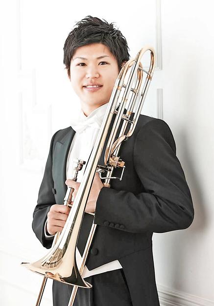 梅澤駿佑 うめざわしゅんすけ トロンボーン奏者        Syunsuke Umezawa