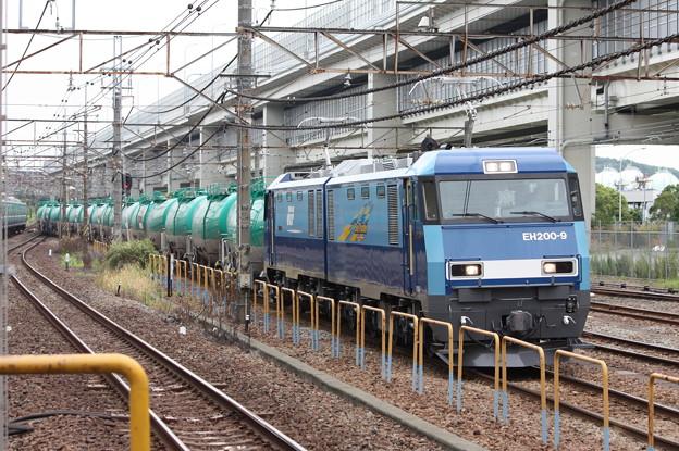 8760レ EH200-9牽引 (5)