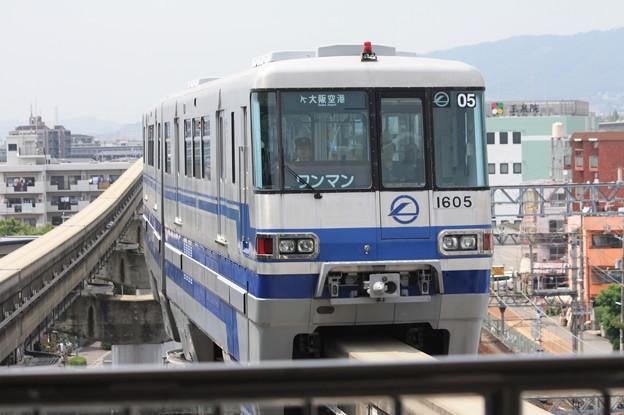 大阪モノレール1000系1105F