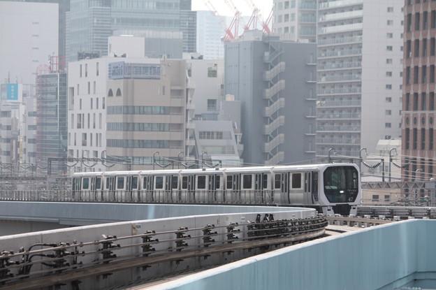 Photos: ゆりかもめ 7300系第47編成
