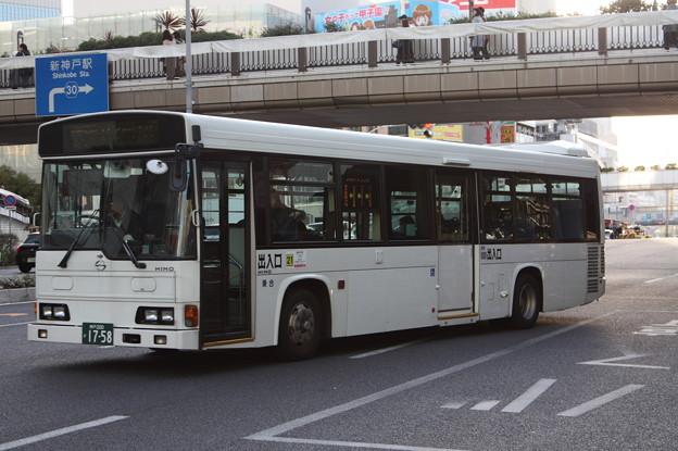 日本交通 神戸230あ1758