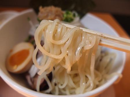 GOGO宝来軒 上越ツケル肉中華ソバ 麺アップ