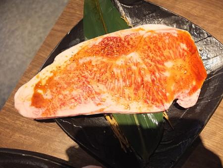 焼肉モランボン 市役所前店 黒毛和牛のモランボンカルビ(タレ)¥1814