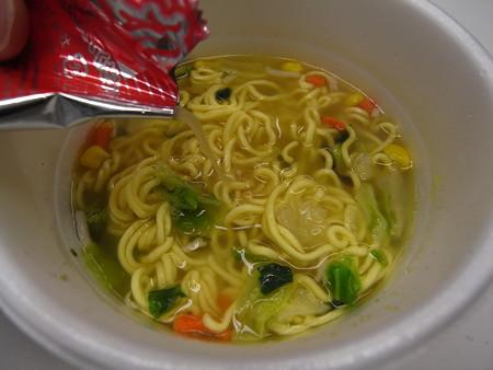 エースコック 廣記商行監修 中華風野菜タンメン 味覇味(セブン&アイ限定) 液体スープ
