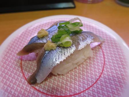 かっぱ寿司 上越店 北海道産さんま¥97(期間限定平日価格)