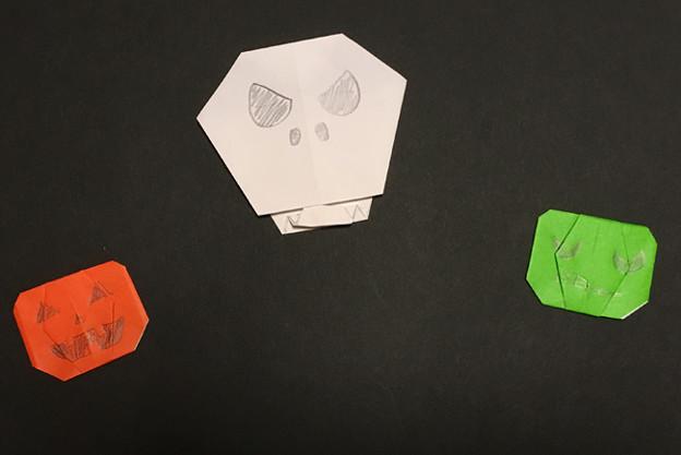 ハロウィーンの折り紙