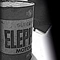 ELEPHANT MOTOR OIL