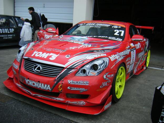YOKOHAMA TOM'S SC50 with 宮本