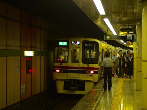 都営新宿線篠崎駅2番線 京王9030急行本八幡行き前方確認