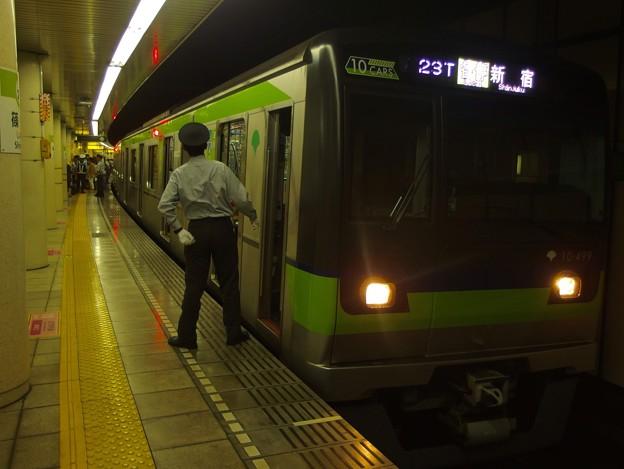 都営新宿線篠崎駅1番線 都営10-490F各停新宿行き