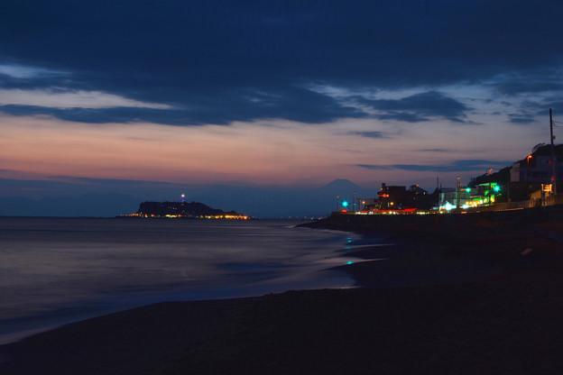 江の島と富士 (2)